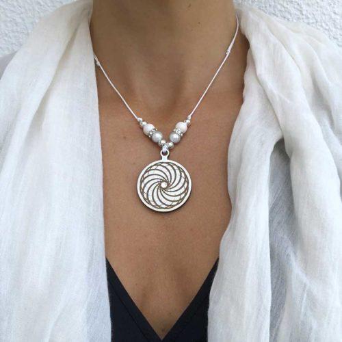 Mandala Holzschmuck mit Swarovski Kristall