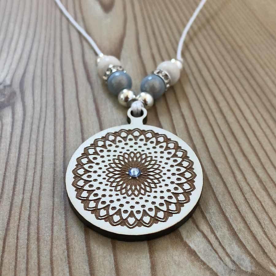 MandalArt Halskette Blossom of Peace